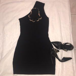 Black one-shoulder Express Dress